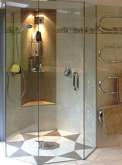 К примеру, стеклянные двери будет стоить гораздо дороже засчёт наличия...